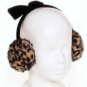 Other - Girl's Leopard Print Earmuffs  / Earwarmers